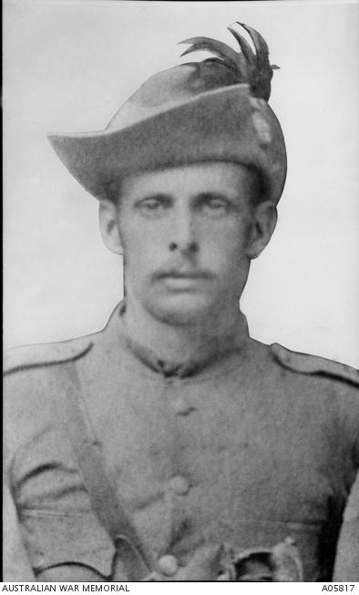 2nd Lieutenant Thomas of the Tenterfield Company, Mounted Infantry Regiment. A practising lawyer before his departure for South Africa, Thomas defended Morant, Handcock and Witton.