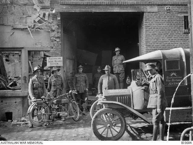 The Australian War Records Section (AWRS) trophy store at Peronne, France, where battle souvenirs were collected for the Australian War Museum, 1918. AWM E03684