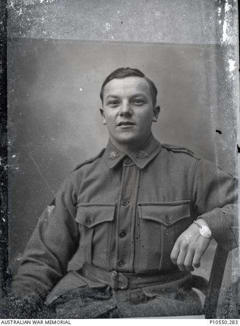 Portrait of an unidentified Australian soldier from the 2nd Division taken by Louis and Antoinette Thuillier in Vignacourt, France. He wears an identity bracelet on his left wrist.
