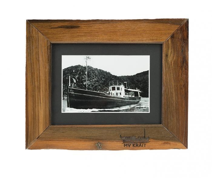 MV Krait: Photo frame